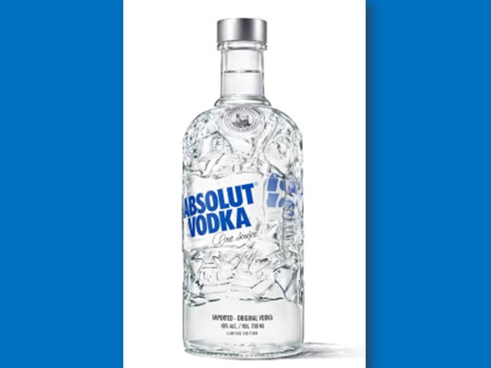 """Bild: Die neue Limited Edition Bottle """"Absolut Recycled"""" (Quelle: Pernod Ricard Deutschland)"""