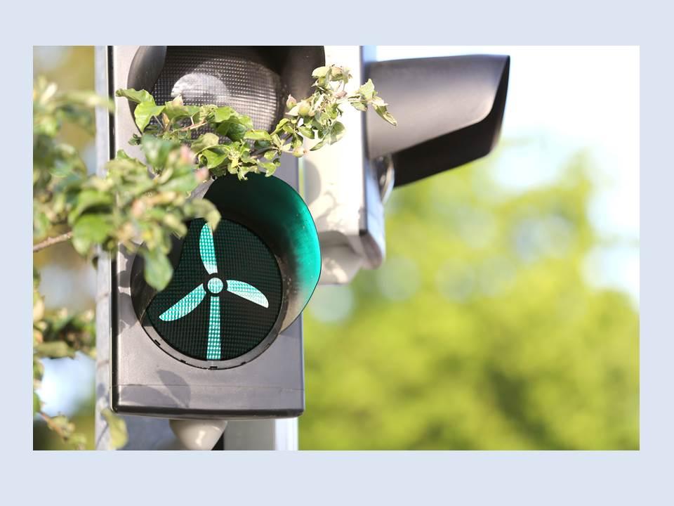 Bild: Ampel mit Windrad (Copyrights: E.ON Energie Deutschland)