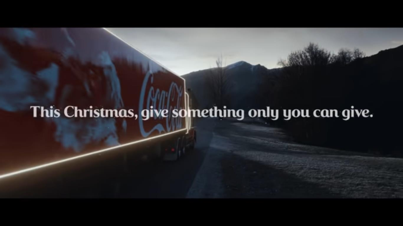 Screenshot: Coca-Cola Christmas Commercial 2020 auf Youtube (Screenshot v. 10.11.2020)