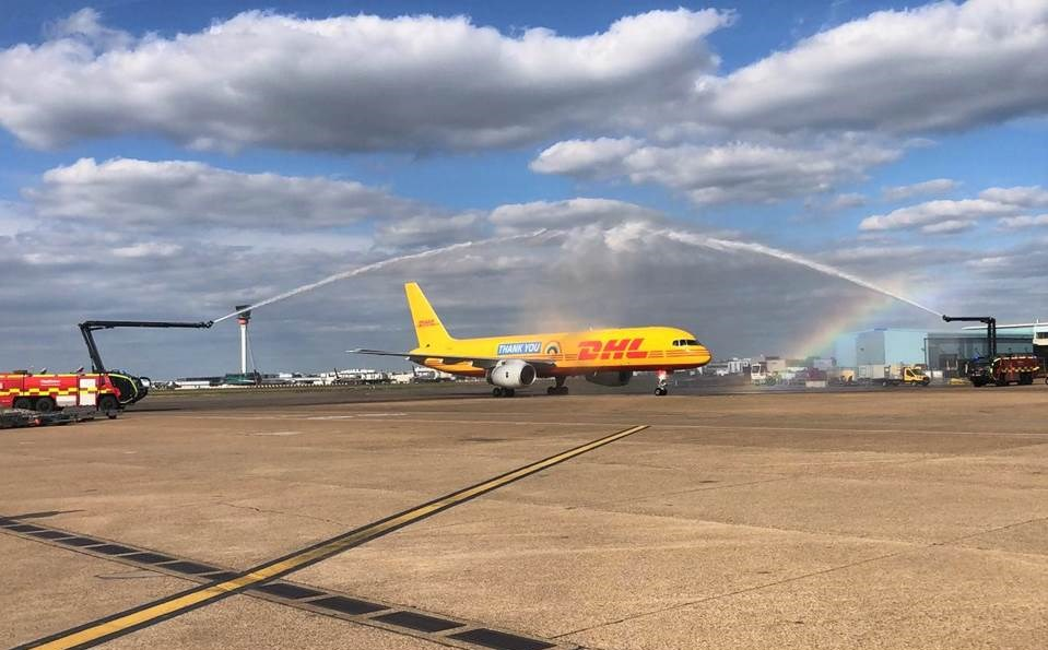 Bild: Danke-Botschaft von DHL Express landet in London (Copyrights: DHL Express)