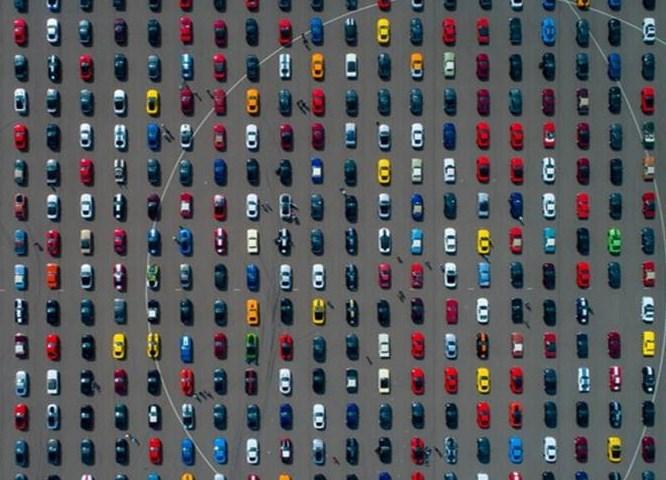 Bild: Ford Mustang-Parade 2019 in Lommel – neuer Weltrekord (Bildrechte: Ford-Werke GmbH | Fotograf: Frank Abbeloos)