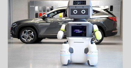 Foto: Der Hyundai Roboter DAL-e wartet auf Kunden im Showroom (Foto / Copyrights: hyundaimotorgroup.com)