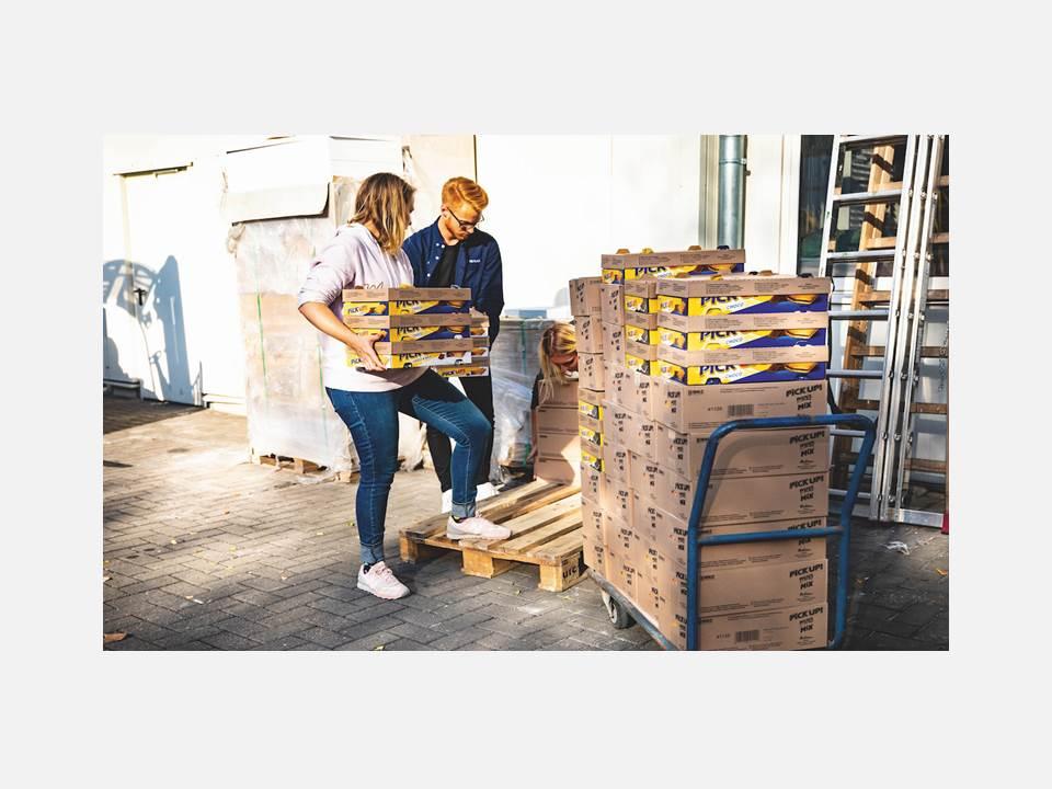 Über 50 Kilogramm Keksriegel für die Partys der Influencer zum 20. Geburtstag des Pick UP! / Bildquelle: Sehriban Autzen / construktiv GmbH