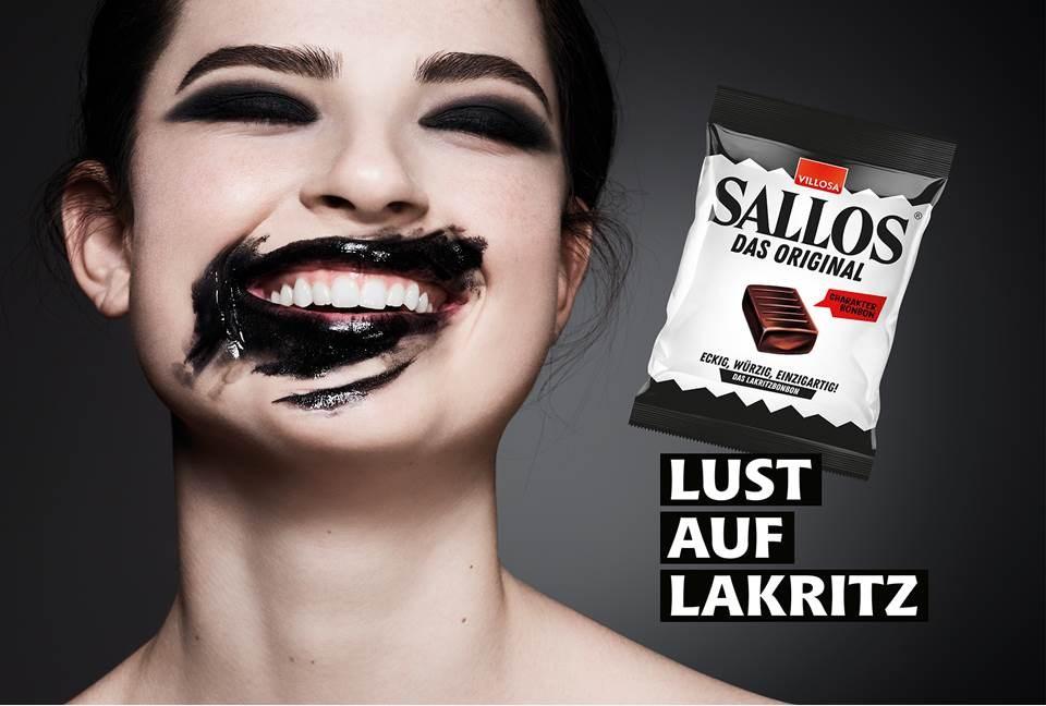 Bild: SALLOS Plakat-Kampagne (Copyrights: Katjes Fassin GmbH + Co. KG | Agentur: antoni jellyhouse | Fotograf: John-Paul Pietrus)