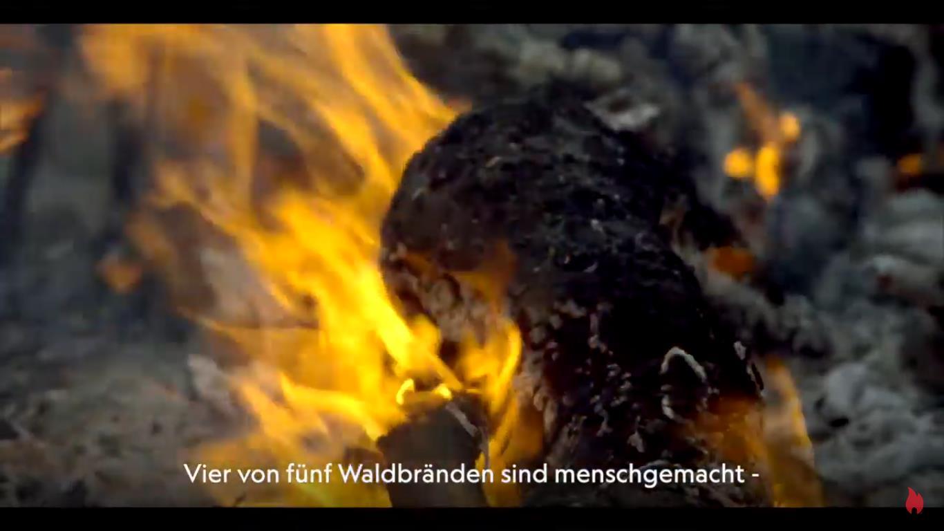 "Screenshot: Zippo Kampagne ""Fight Fire with Fire""_Video https://www.youtube.com/watch?v=KZB3LifEzyc&feature=youtu.be"