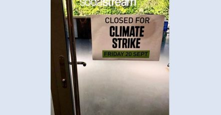 Bild: Im SodaStream Headquarter, Israel, ruht heute für einen Tag die Arbeit. Auch der Onlineshop wurde international geschlossen. (Quelle: obs/SodaStream)