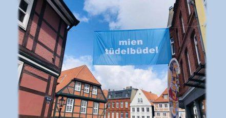 Bild: Stades Wort-Kunst-Kampagne von Arne Rautenberg (Copyrights / Quelle: Stade Marketing und Tourismus GmbH)
