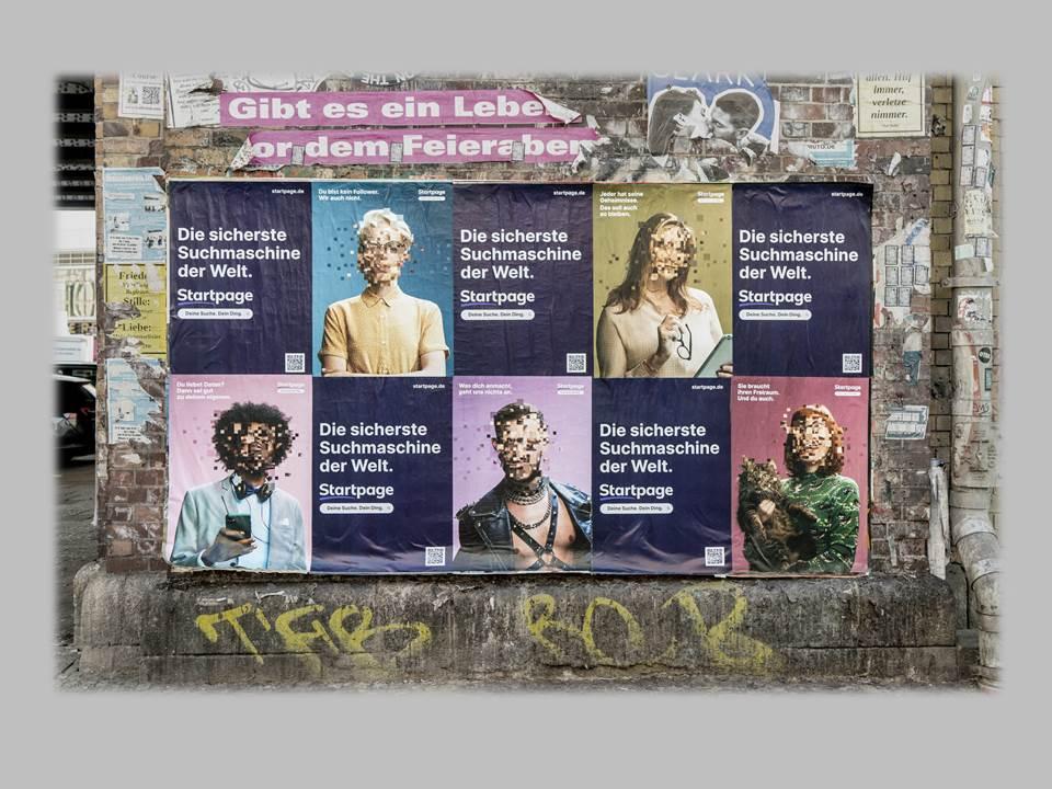 Bild: Plakatives Poster in der Dircksenstraße, Berlin Mitte (Copyrights: Startpage)